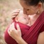 11 nejčastějších mýtů o nošení dětí