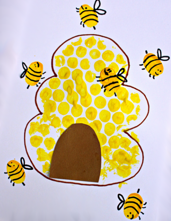 bumble-bee-fingerprint-craft-.png